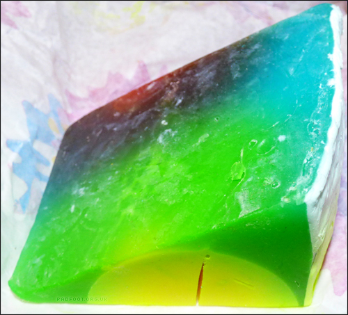 Lush Review - Baked Alaska Soap